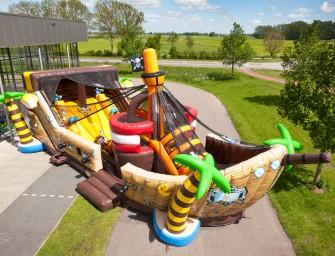 Weltneuheit: Hüpfburg mit Bällekanone und Rutsche
