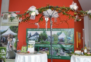 Voll im Trend: Hochzeitsfeiern im Grünen und Trauungen unter freiem Himmel