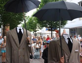 memo-media präsentiert Walk-Act-Künstler für SuisseEMEX