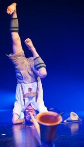 Bühnenkünstler Schorsch Bross mit seinem Alphorn