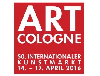 Clowns und Tänzer auf der Art Cologne