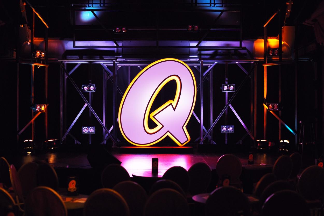 Quatsch comedy club comedy show f r firmenevents for Wohnzimmer quatsch