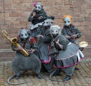 Suisse EMEX Walk-Acts PasParTouT - Nagerkapelle- Die Ratten kommen!...3