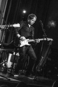 Matthias Krauss ist Musiker, Komponist und Multiinstrumentalist