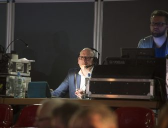 Kreativität meets Technik: Jochen Hinken & die Sportissimo Show