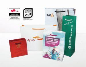 Papiertaschen gibt es bei BAGS BY RIEDLE in allen Formen und Größen - und zwar zertifiziert