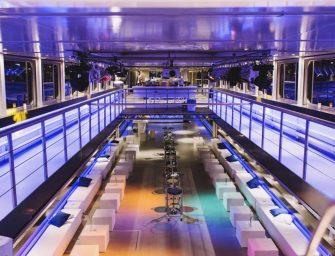 Pure-liner: Die schwimmende Event-Location in Frankfurt