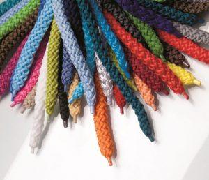Papiertaschen individuell gestalten und bedrucken mit Kordeln in 170 Farben