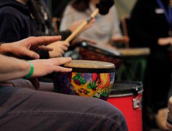 Drum Circle: Rhythmus als nachhaltige Teambuilding-Maßnahme