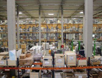 JMT: Neue Logistik und schnelle Lieferung der Mietmöbel