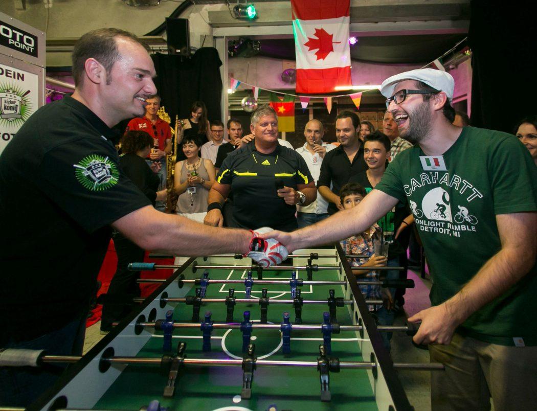 Tischfußball-Events mit Stadionatmosphäre und echtem Weltmeister