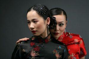 Bezaubern mit ihrer Fußjonglage: Chenying Lu und Junlin Zhang.