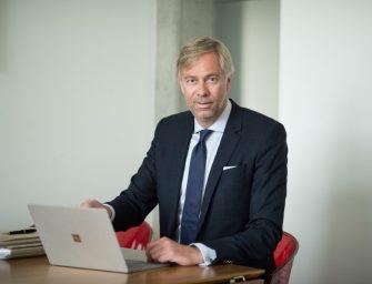 Finanzamt First! – P. Alexander Willers über Steuerrecht für Künstler
