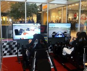 VR-Simulatoren von eventsolution ziehen alle Blicke auf sich.