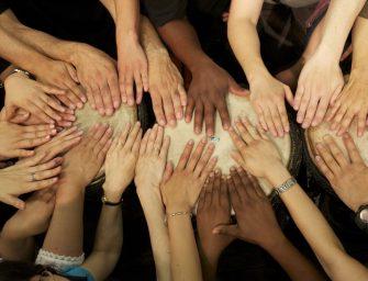 Drum Cafe: Mehr Verbundenheit durch Interaktive Personalentwicklung