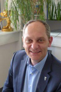 Ian Jenkins ist als Casting Direktor für den Europa-Park tätig.