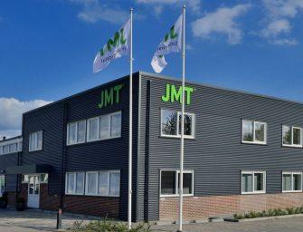 Schritt in die digitale Zukunft: Die JMT:Deliver app für den vollen Überblick über Messemöbel