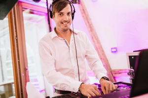 Strahlt immer: Event-DJ Sunshine
