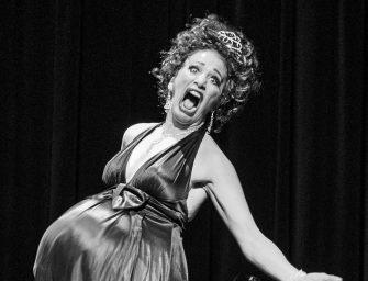 20 Jahre Comedy-Dinner-Show: Tamala Compagnie feiert mit Stargast Hilary Chaplain
