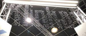 Wasserwand mit Botschaft - eine Installation von as systems.