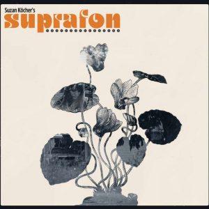Auch Suzan Köcher's Suprafon hat auf Festivals immer den eigenen Merch dabei.