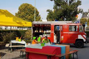 Spielerische Kommunikation für Events - kein Problem mit dem Feuerwehr-Funmobil