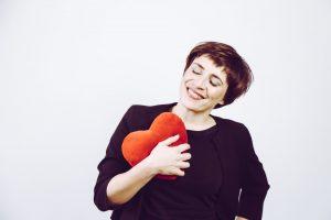Susanne Plassmann hält mit ihren Gedanken zu Comedians nicht hinterm Berg.