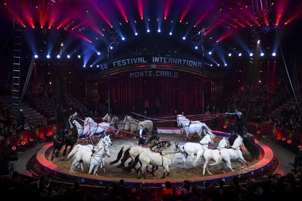 An die Pferdedressur des Zirkus Knie ging ein Goldener Clown des 44. Internationalen Circusfestivals von Monte Carlo.