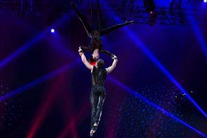 Das russische Duo Flash of Splash gewann mit ihrer Strapatennummer am Zahnhang einen Bronzenen Clown.