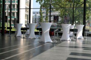 Auch für Business-Events ragsüber eignet sich die moderne Stadthalle perfekt.