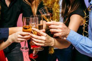 Für viele ungewöhnlich, aber definitiv vorteilhaft sind Weihnachtsfeiern im neuen Jahr.