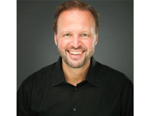 Vorstandsvorsitzender der #AlarmstufeRot: Tom Koperek