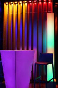 LED-Dekoration für Hochzeiten ist in einer fast unerschöpflichen Farbpalette möglich