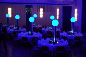 Magische Akzente mit LED-Dekoration für Hochzeiten