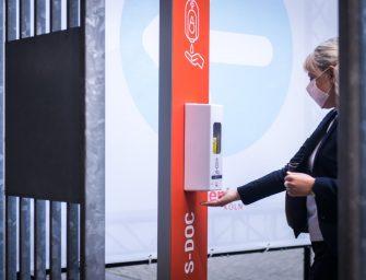 S-Box von Simons Works: Eingangsschleuse für Events, Sportveranstaltungen und Messen bringt Sicherheit für Gäste und Veranstalter