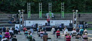 Die Wanderbühne ist diesen Sommer durch München gezogen und hat dort das Publikum unterhalten.