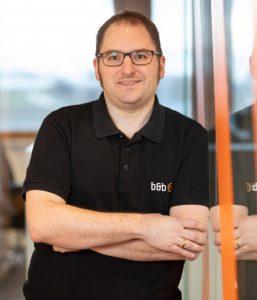 Manuel Hirt ist Projektleiter der ARENA11-Plattform bei b&b eventtechnik.