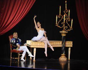 Papp de Deux zeigen eine Ballettparodie