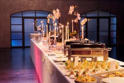 Stimmungsvolles Ambiente und ein exquisites Buffet