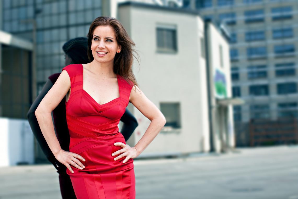 Isabel Florido (mehrsprachige Moderation) Isabel Florido kann alles, sogar hochdeutsch! www.isabel-florido.com
