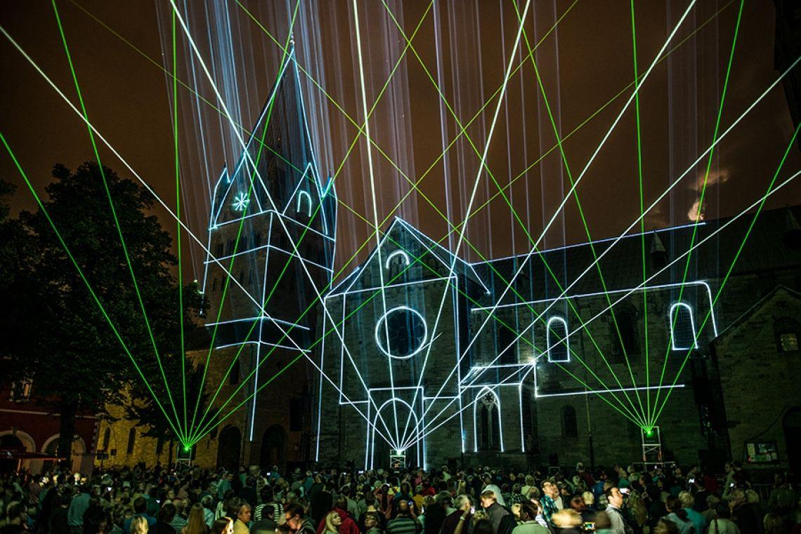 Lasermapping SUSATO  Lasershow an der Petrikirche in Soest
