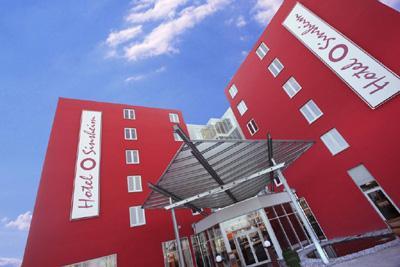 ****Hotel Sinsheim Unser ««««Hotel liegt in unmittelbarerer Nähe zum Auto & Technik Museum Sinsheim .