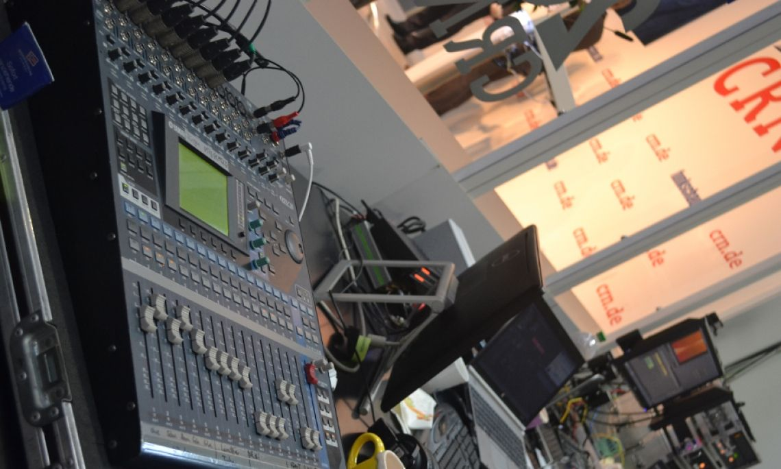 Messe Medientechnik Mischpult Steuerung