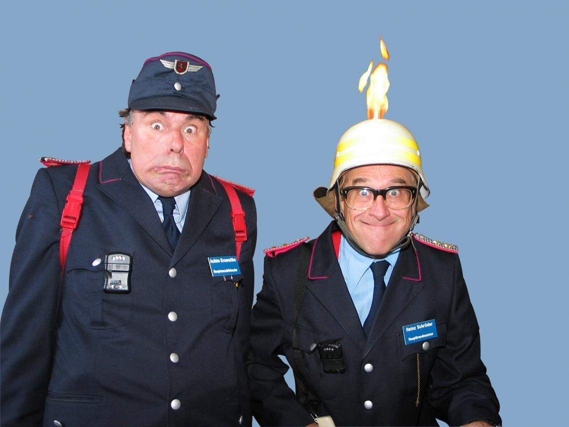 """PICO BELLO's """"Verrückte Feuerwehr"""" PICO BELLO's """"Verrückte Feuerwehr"""" - ist ein Feuerwerk an spritziger Unterhaltung mit und ohne dem kleinsten Feuerwehrauto..., wenn es auch bei Ihnen einmal """"heiß"""" hergeht und kein Auge trocken bleiben soll."""