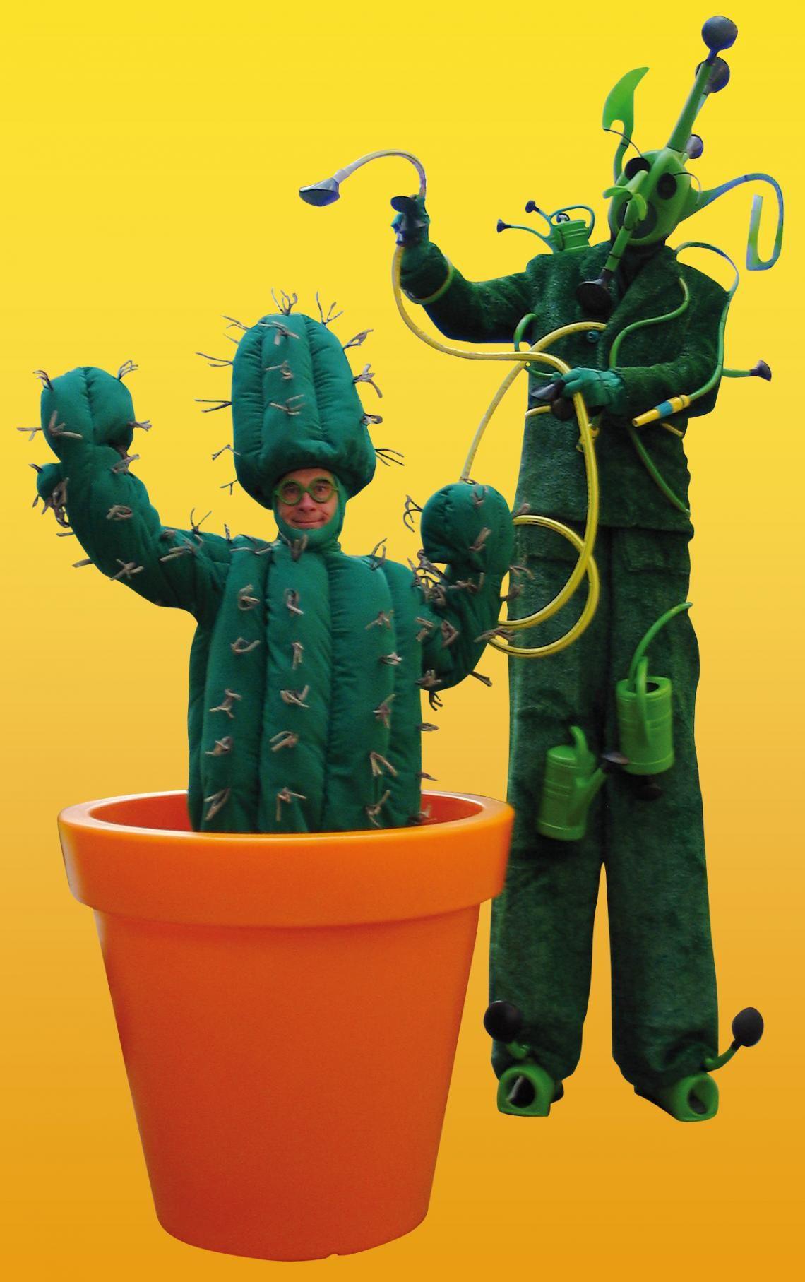 """PICO BELLO's """"Living Garden"""" PICO BELLO's """"Living Garden"""" -  ....auffällig anders! Der kleine grüne Kaktus steht nicht mehr auf dem Balkon...;mit seinem futuristischen Giesskannenfreund macht er sich auf und davon..."""