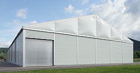 RÖDER Lagerzelt RÖDER Lagerzelte und Leichtbauhallen sind individuelle und preiswerte Raumlösungen für Produktions-, Arbeits-, Montage- oder Lagereinsätze und Verkaufs- und Ausstellungsflächen.