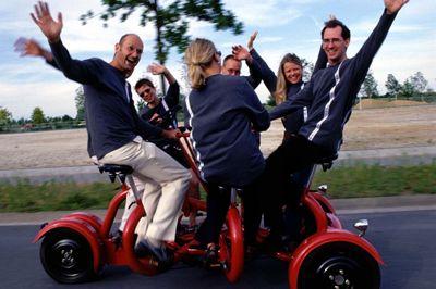 Unser Cologne Conference Bike ist der ultimative Gruppenspaß auf drei Rädern