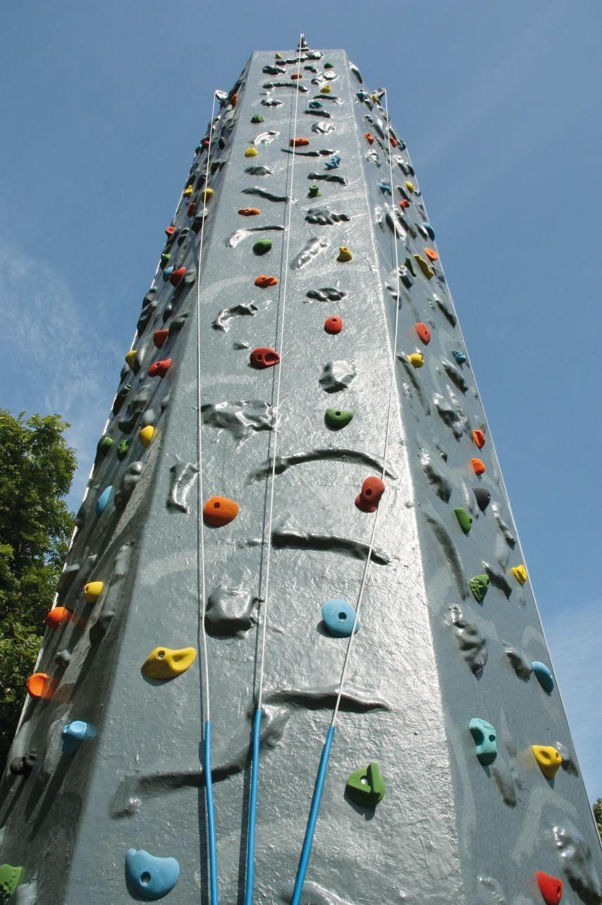 ERTL Karussell Land GmbH - Kletterfels Auf 8 m Höhe bietet der Kletterfels mit verschiedenen möglichen Routen für jeden die entsprechende Herausforderung und trägt dazu bei, ihre Veranstaltung zu einem Erfolg zu machen.