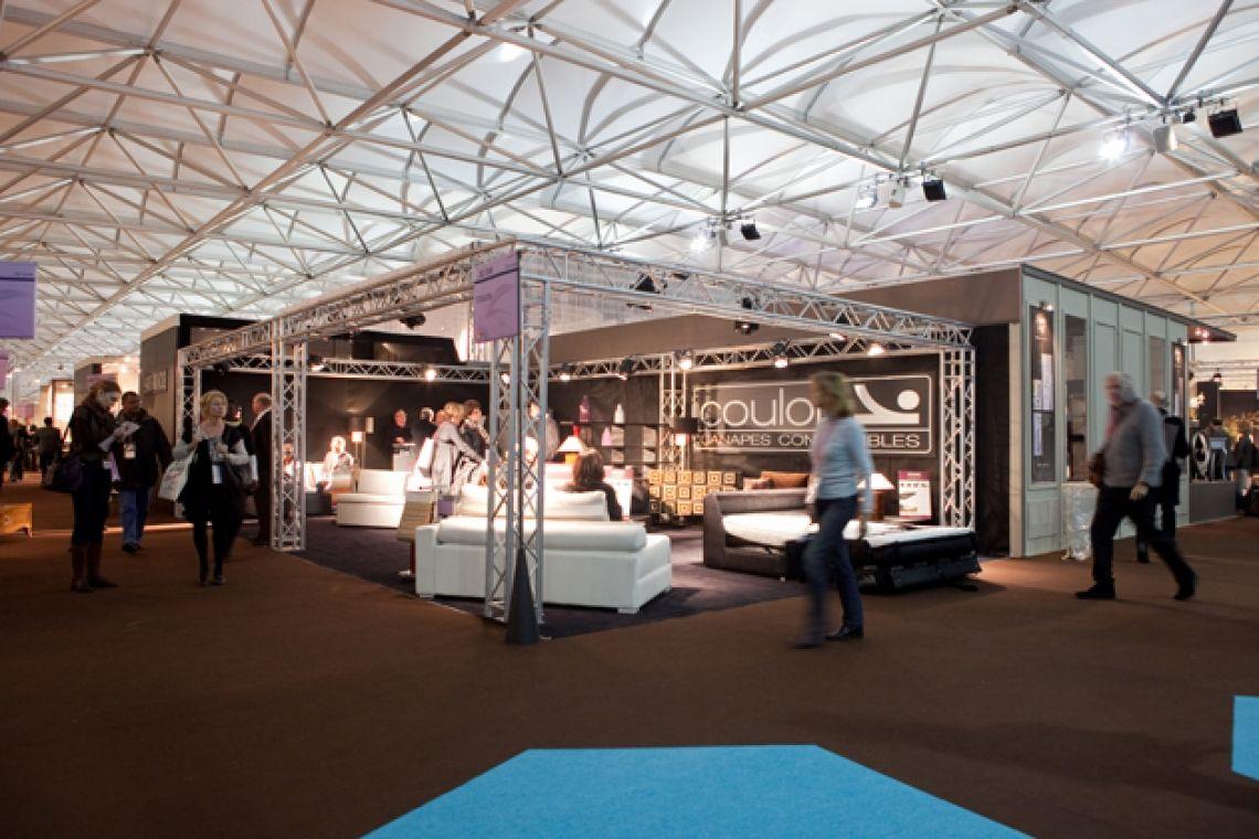 Conferenz - Messe - Showroom Neptunus bietet die Lösung in der Form von demontierbaren und flexiblen Gebäuden. Sie bestimmen selbst nicht nur den Standort, die Ausstrahlung und die Größe des Gebäudes, sondern auch die Nutzungszeit. Ob es nun ein paar Monate oder Jahre sind, entscheiden Sie.