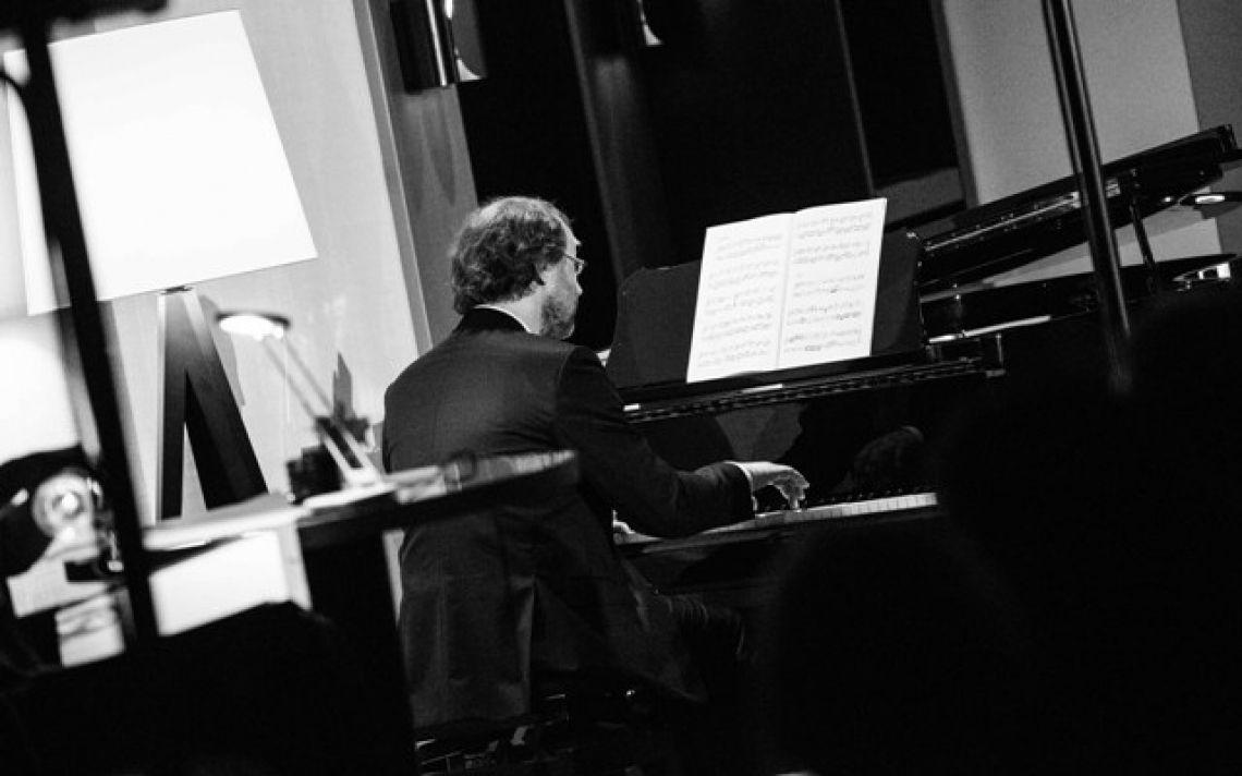 Lars Keitel, musikalische Begleitung Esther Schweins Bad Homburger Poesie&LiteraturFestival  Jane Austen - Stolz und Vorurteil